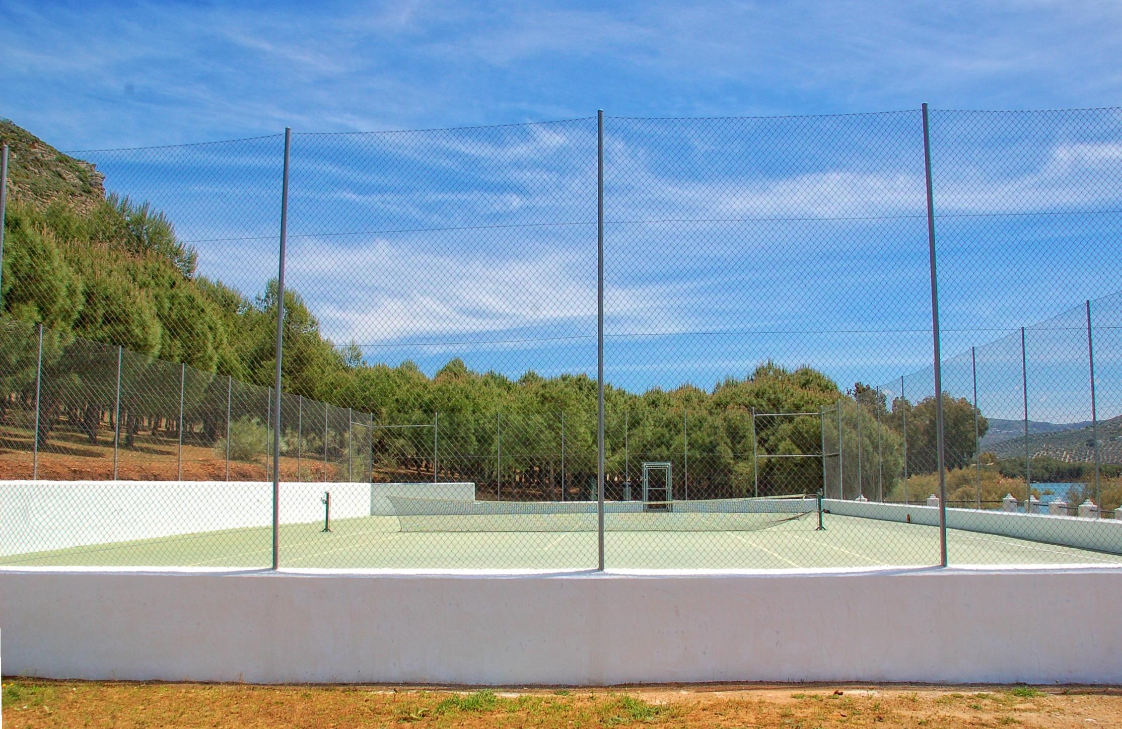Tennis Court Iznajar