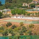 Leisure Facilities by the Lake Iznajar