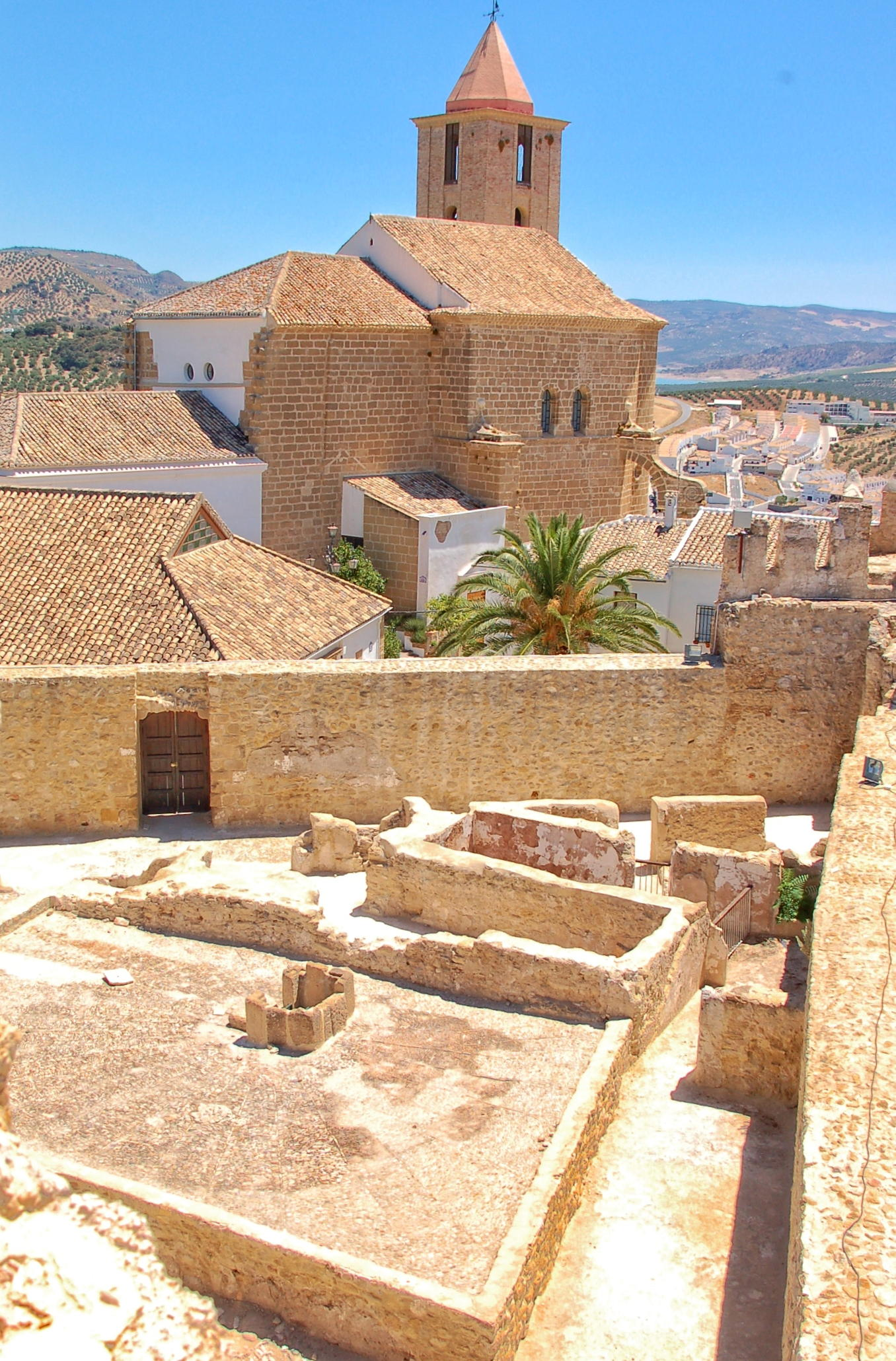 Castle Tour Iznajar